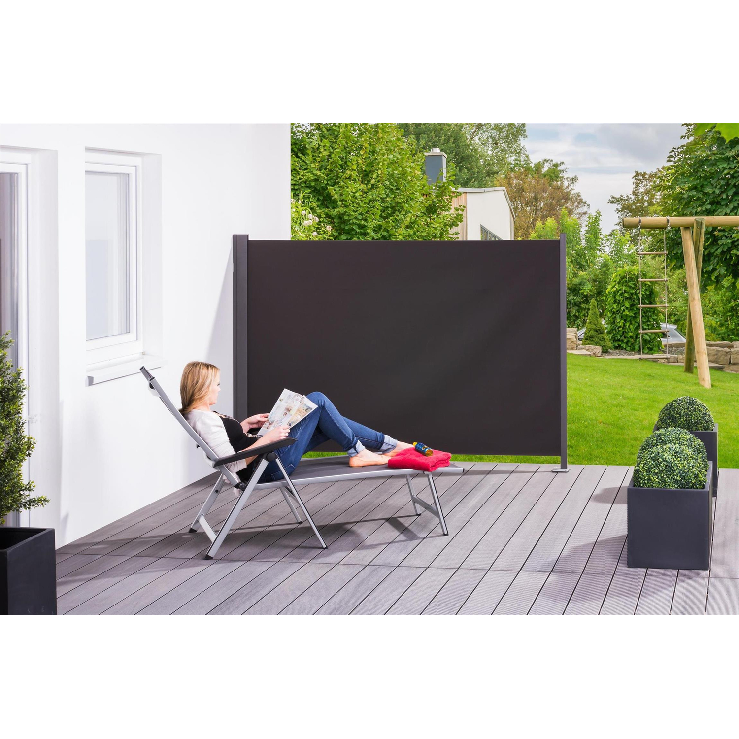 seitenmarkise slim sichtschutz f r die terrasse windschu. Black Bedroom Furniture Sets. Home Design Ideas